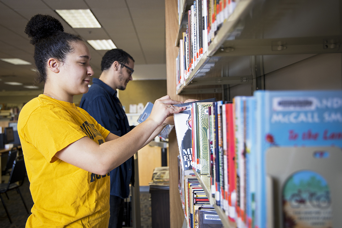 Since transferring to West Virginia University in fall 2017, Connecticut native Déja Fleury has found a home-away-from-home in Morgantown. Nearly three years later, the social work major is helping the local library feel more like home for its patrons.